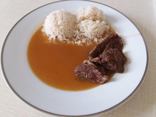hovězí roštěná, rýže